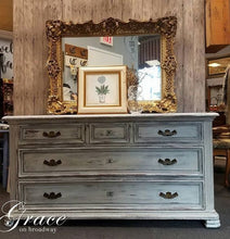 Load image into Gallery viewer, Dixie Belle Chalk Paint - HAINT BLUE