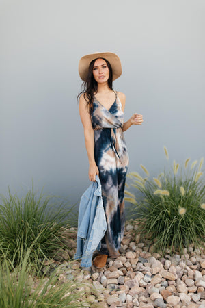 Sea N Sand Tie Dye Maxi Dress - DCB Size Large and XL