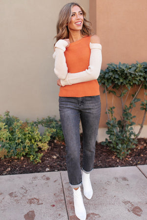 The Ellie Drop Shoulder Top in Pumpkin - DCB Size Small
