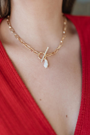 The Pearl Pendant Necklace - DCB