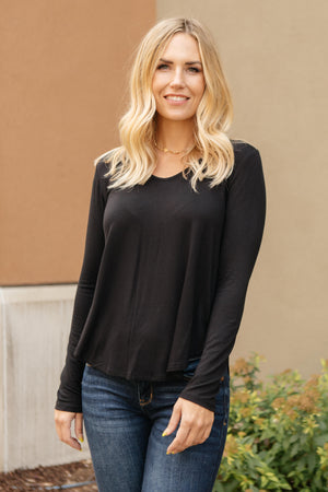 The Wendi Top in Ebony - DCB Size 1XL
