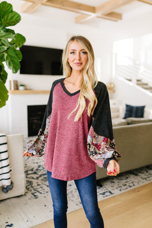 Ace Up Your Sleeve Blouse In Heathered Burgundy