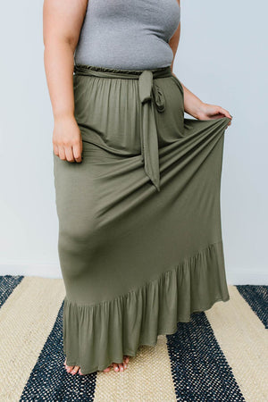 Falling For You Skirt In Olive - DCB Size Large