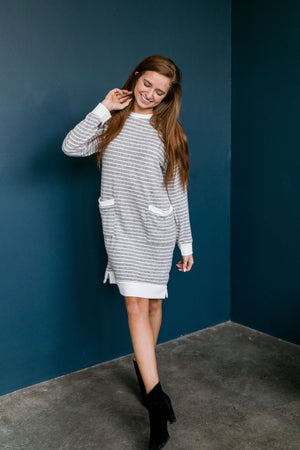 Georgia On My Mind Dress In Gray + White