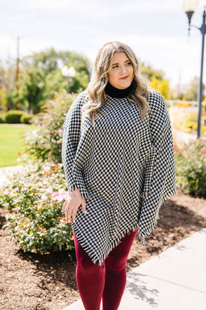 Houndstooth Poncho in Black and White