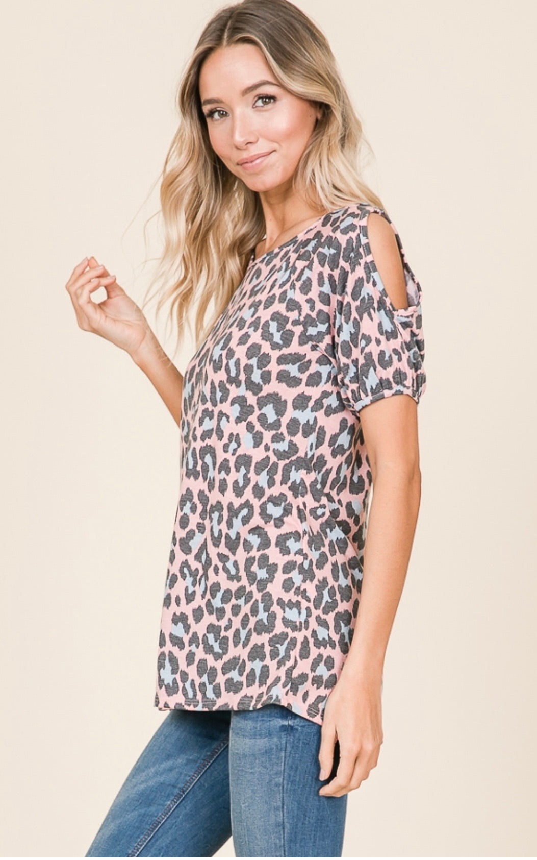 Small Leopard Open Sleeve Top