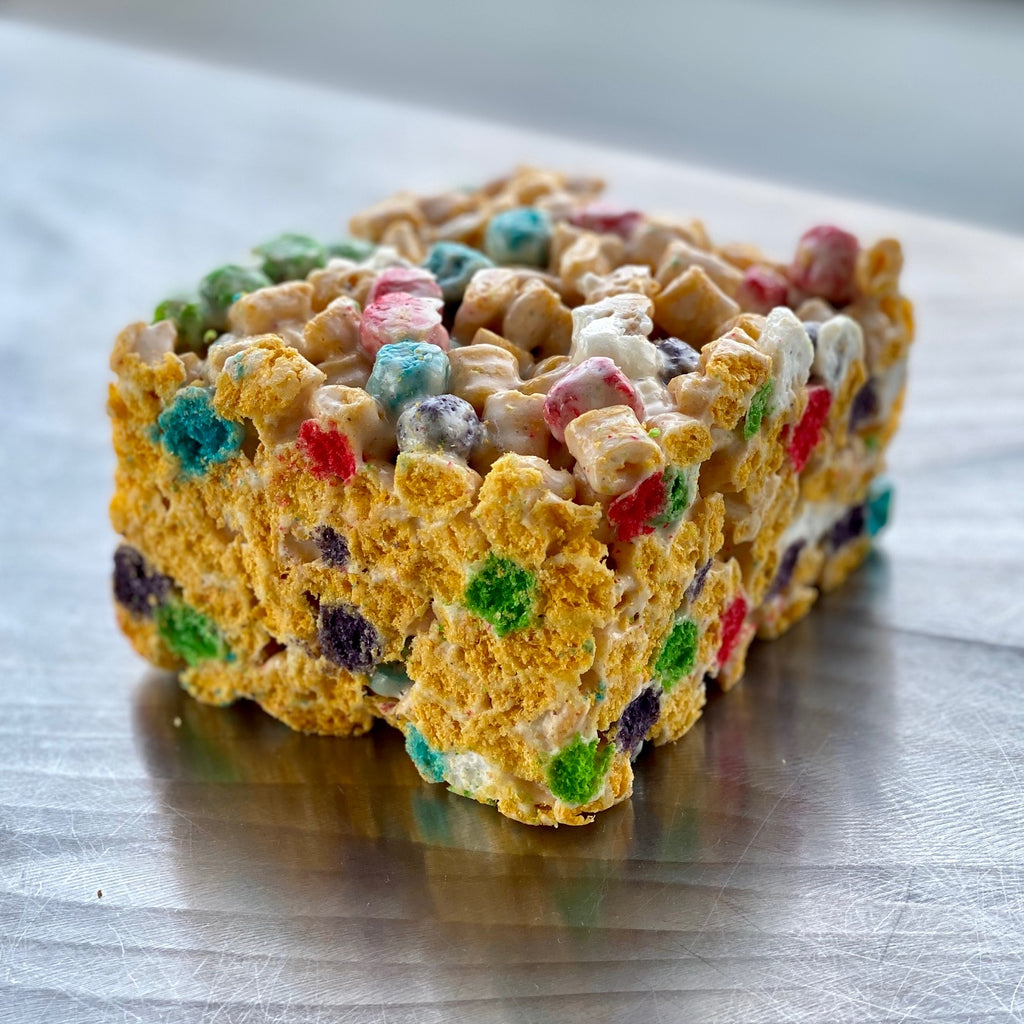 Giant Cap'n Crunch Marshmallow Crispy Treat