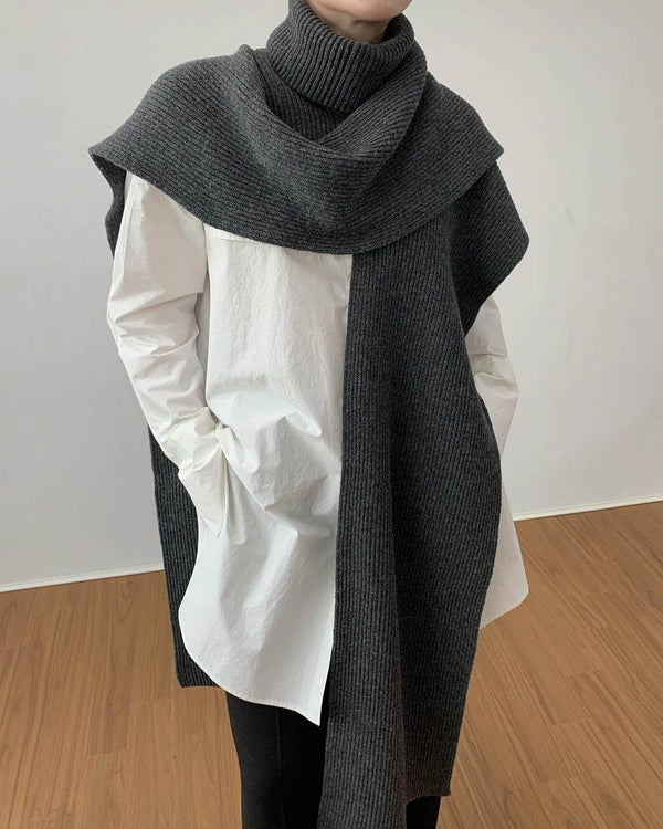 Sanna Wool Turtleneck Cape Shawl