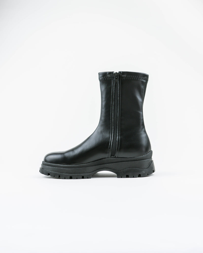 Ten Boot Black