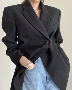 Paola Blazer in Black