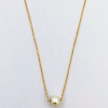 Load image into Gallery viewer, Simple Pearl Necklace