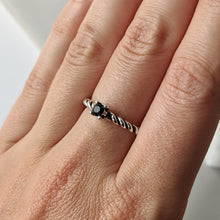 Load image into Gallery viewer, Black CZ Twist Band Ring