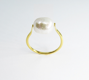 Cleo Pearl Ring