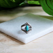 Load image into Gallery viewer, Pointed Turquoise Ring