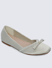 Load image into Gallery viewer, Camila Comfy Ballerina In Ivory