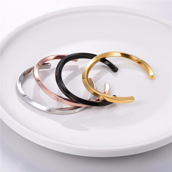 Bracelet- Twisted Gold Bangle - FASHIONOPOLITAN
