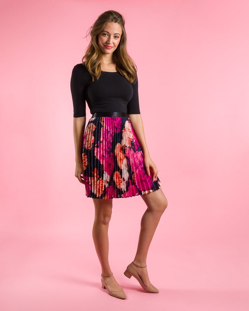 sewing project, upcycled fabric, easy sewing project for kids, unique sewing project, sewing blog, plus size sewing pattern, sewing project for beginners,  knife pleat skirt, accordion pleat skirt, sunburst pleat skirt, threadymade, paris skirt, rose print, large floral print