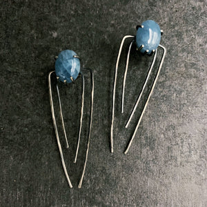 Talon Earrings in Silver with Aquamarine