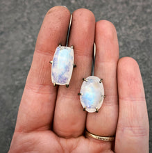 Load image into Gallery viewer, Theia Earring: Rainbow Moonstone