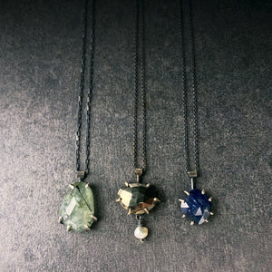Gemstone Necklace: Prehnite with Epidote