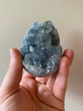 Load image into Gallery viewer, Celestite Cluster - Egg