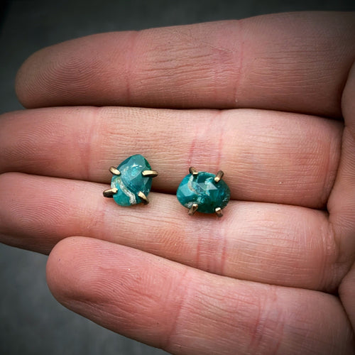Gemstone Studs: Gem Silica