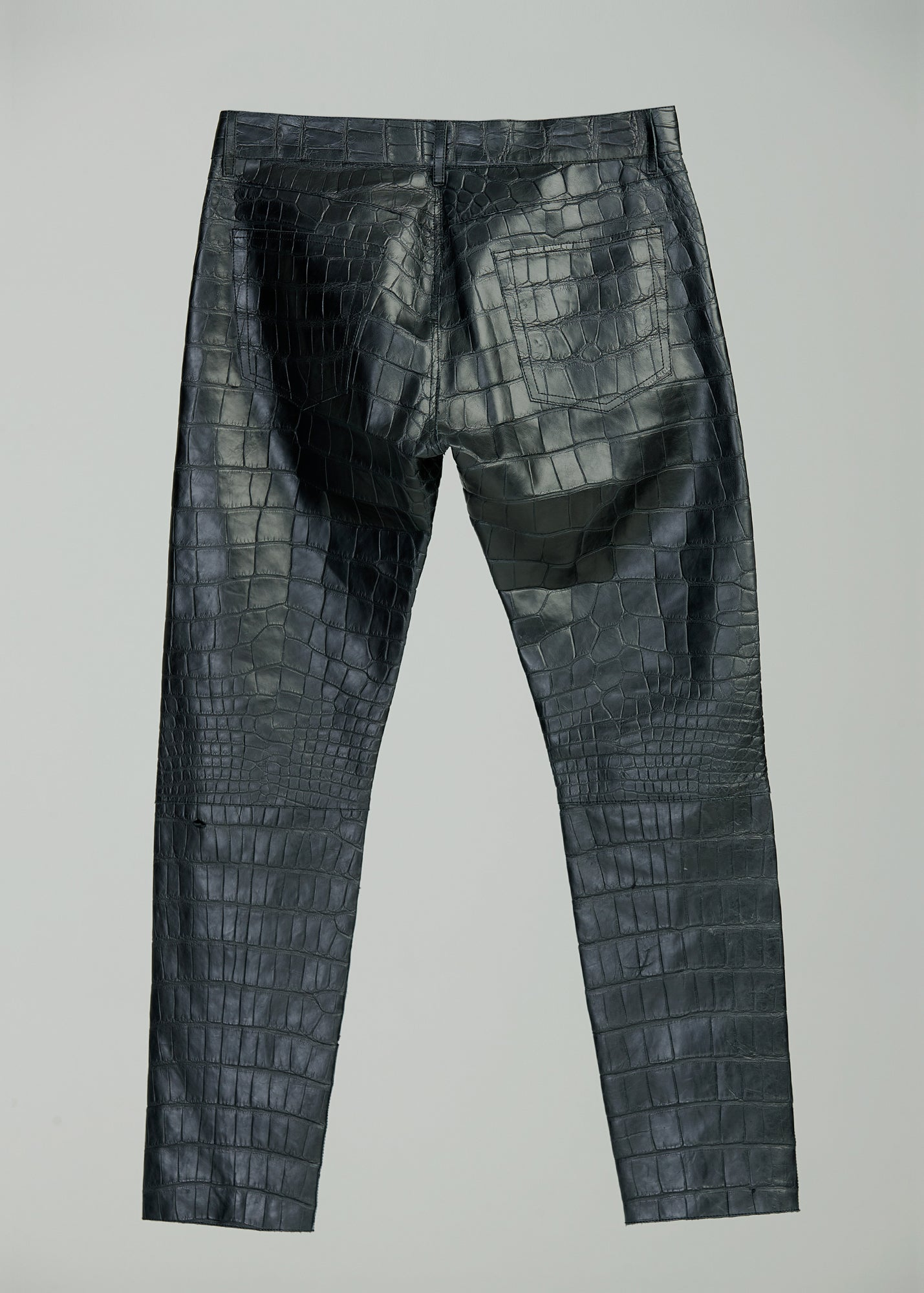 Load image into Gallery viewer, LEATHER JEANS (ALLIGATOR)(BLACK)