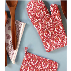 Caroline Red Oven Mitt Sets