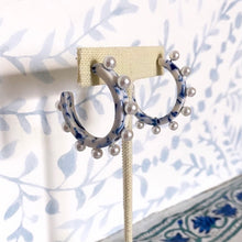 Load image into Gallery viewer, Blue and White Pearl Hoops