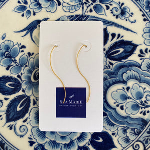 Dainty Wavy Gold Threader Earrings