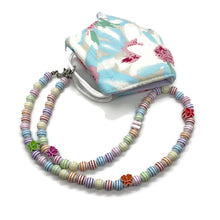 Load image into Gallery viewer, Butterfly Beaded Kids Face Mask Chain