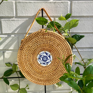 The Chinoiserie Rattan Handle Clutch