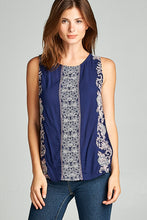SLEEVELESS TOP WITH FISH TAIL VENT