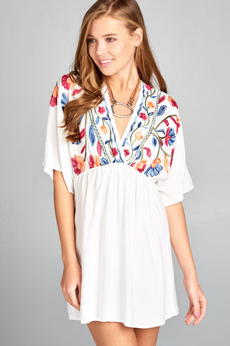 BOHO FLORAL EMBROIDERY TUNIC DRESS