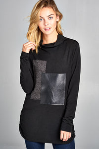 TURTLE NECK WITH LEATHER BLOCK PATTERN