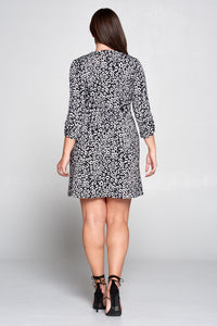 LEOPARD V-NECK DRESS WITH SCRUNCHED SLEEVES - PLUS SIZE