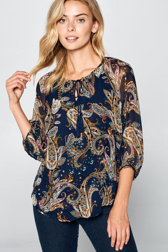 3/4 SLEEVE PRINT TOP WITH FRONT TIE
