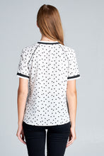 SHORT SLEEVE ROUND NECK TOP WITH CAT PRINT