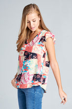 SHORT SLEEVE PATCH PRINT TOP