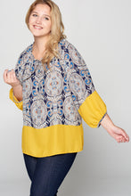 PRINT 3/4 SLEEVE TOP WITH FRONT TIE - PLUS SIZE
