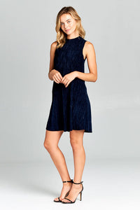 SLEEVELESS MOCK NECK CRINKLE DRESS