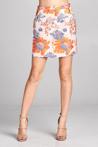 MINI SKIRT WITH FLORAL EMBROIDERY DETAILS