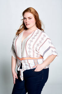 SHORT SLEEVE TOP WITH BUTTONS AND TIE - PLUS SIZE