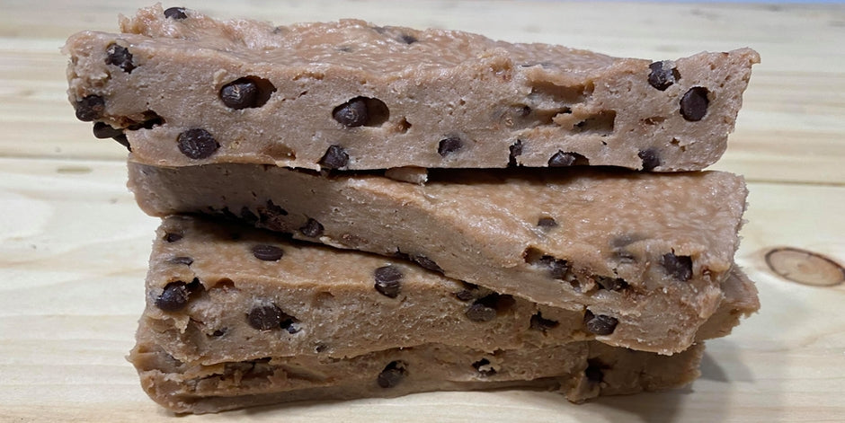 No-bake cookie dough protein bars