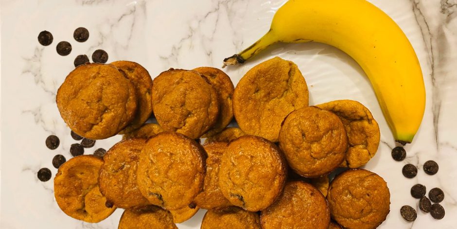 Banana and Chocolate Mini muffins