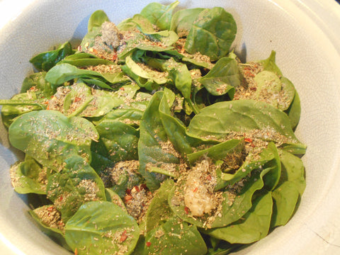Spinach and spices for the steak marinara