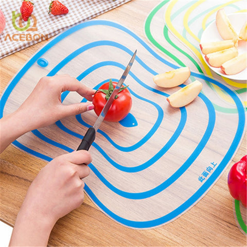 4pc Plastic Cutting Board Set