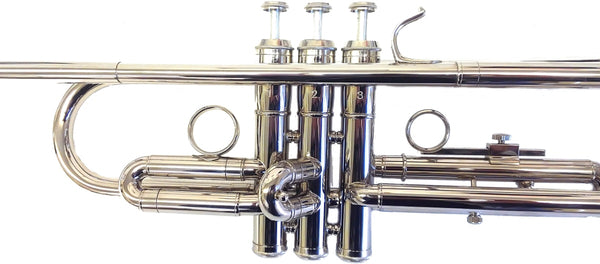 Trumpet Bb w/Nickel Finish and Case