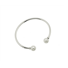 Load image into Gallery viewer, CU JEWELLERY PEARL BANGLE FLEX SLVER