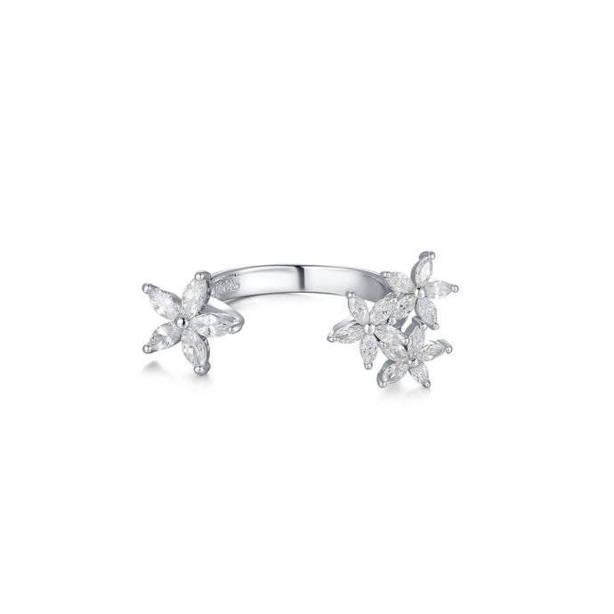 LA MAISON BAGATELLE FLOWER RING SILVER